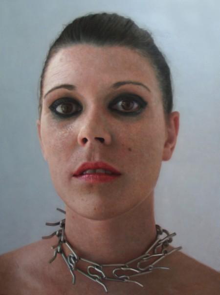 fashion-slave-2011-óleo-sobre-tabla-150x115-cm-oil-on-panel-58-5x44-8-inches